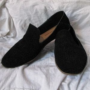 Lucky brand black suede slip-on carthy loafers
